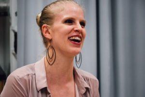 Ellen Sörensen körledare sångerska